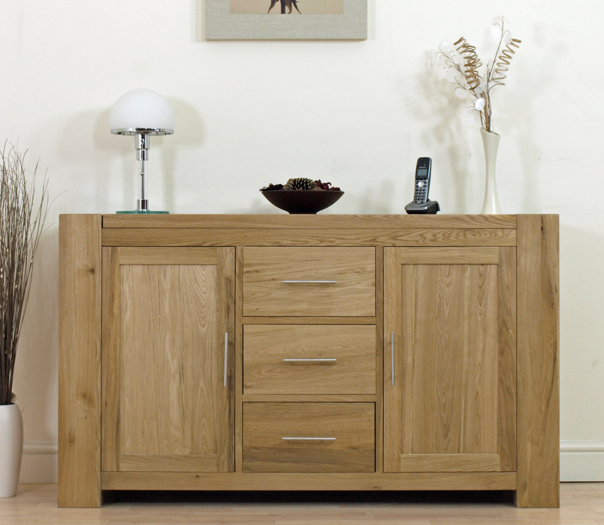 kuba chunky large solid oak sideboard cabinet furniture new ebay. Black Bedroom Furniture Sets. Home Design Ideas